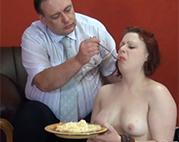 Ekliges Essen fressen müssen