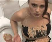 Sexy Vomit Schlampe am Lutschen