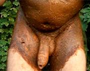 Perverser Gay wichst sich outdoor