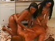 Drei Kaviar Lesben gehen extrem ab