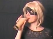 Drei Gläser Wichse trinken