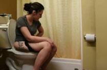 Meine Freundin auf Toilette gefilmt