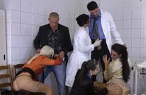 Natursekt Orgie beim Frauen Arzt