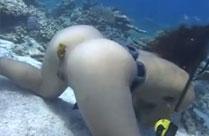 KV Lesben unter Wasser