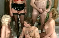 Deutscher Vintageporno mit KV Gruppensex